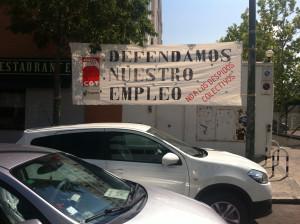 foto_accion_pancarta_defendamos_nuestro_empleo_02