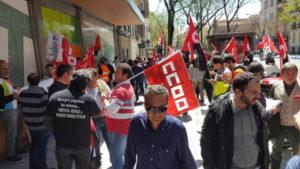 foto_concentracion_despedidos_readmision_2016_04_27_04