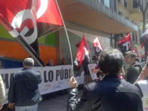 foto_concentracion_despedidos_readmision_2016_04_27_05
