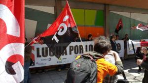 foto_concentracion_despedidos_readmision_2016_04_27_07