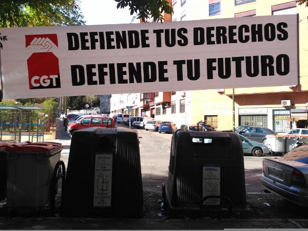 foto_accion_pancarta_defiende_derechos_futuro_03
